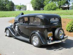1935 Chevy Sedan Partial Build Cover