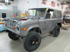 1977 Bronco Installation and Repair Cover